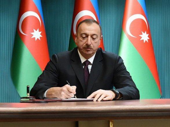 Президент Ильхам Алиев принял министра юстиции Турции (версия 2)