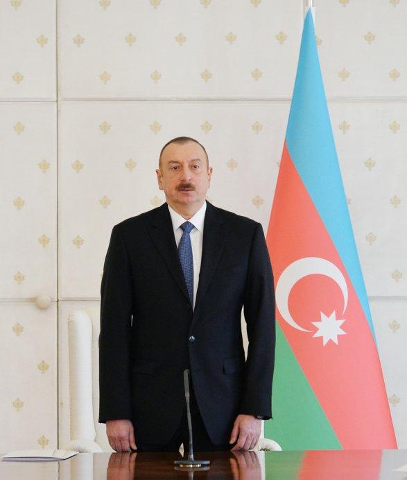 Ильхам Алиев хочет отстоять для себя пост президента Азербайджана