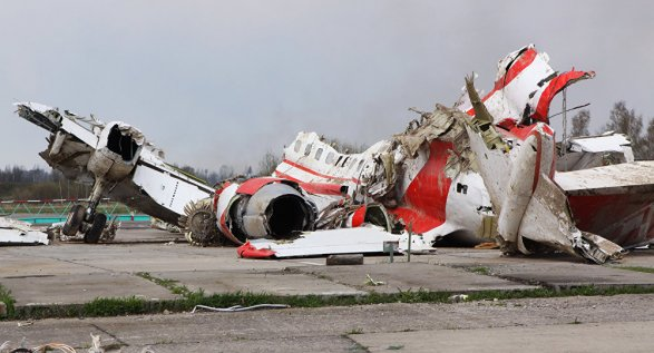 Самолет Качиньского уничтожили два взрыва— Смоленская трагедия