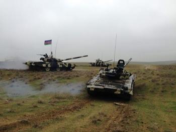 Азербайджанские танки перешли в наступление?
