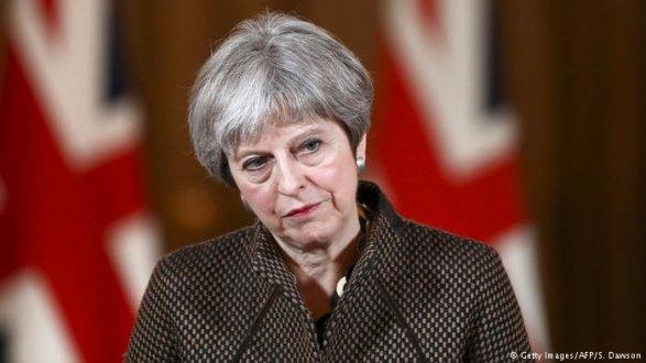 Мэй назвала условие для возвращения России в G8