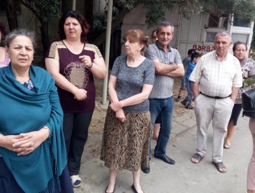 Компания депутата Милли меджлиса жителям Баку: «Будете рыпаться, жизнь ваша станет невыносимой»