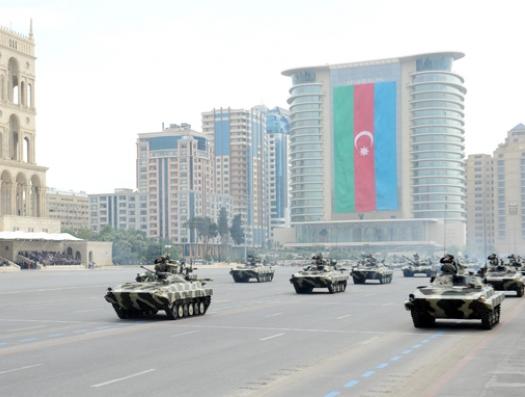 Азербайджанские танки развели министров обороны Израиля и Ирана