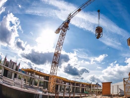 После статьи haqqin.az в Баку приостановлено строительство