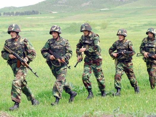 Армяне готовятся отразить удар азербайджанской армии в Карабахе