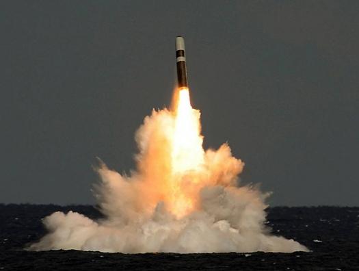 США запустят межконтинентальную ракету с атомной подлодки