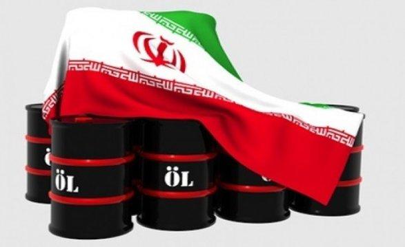 США потребовали отсоюзников закончить импорт нефти изИрана к4ноября