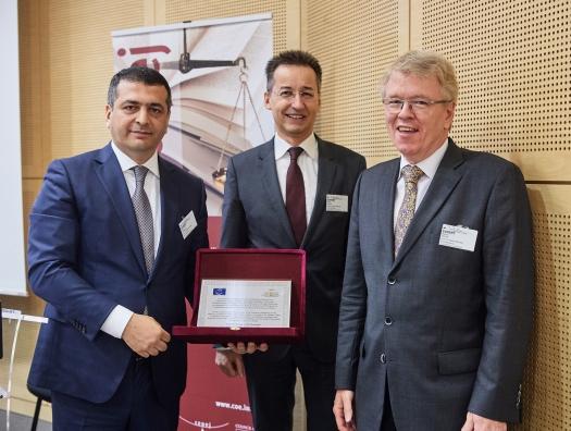 Представитель Азербайджана награждает Германию и Финляндию в Совете Европы