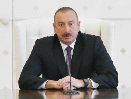 Ильхам Алиев перебил Пирвердиева: «Старики, женщины и дети остались в метро и в лифтах»