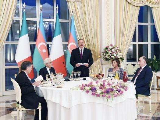 Прием в честь президента Италии в Баку