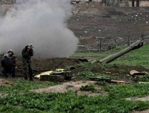 Евгений Михайлов: «Россия может спокойно наблюдать за военными действиями в Карабахе»