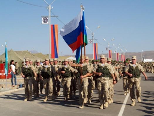Новая истерия в Ереване: «Россия, вон из Армении!»