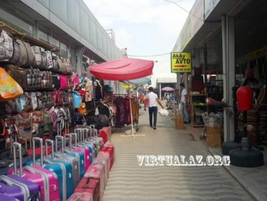 Обвал турецкой лиры: азербайджанские торговцы устремились в Стамбул