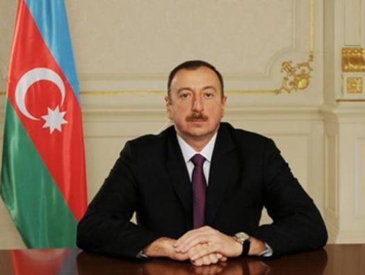 Ильхам Алиев соболезнует президенту Италии