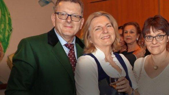 Владимир Путин побывает насвадьбе руководителя МИД Австрии