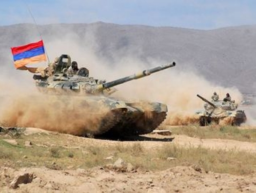 Армения объявила войну Азербайджану