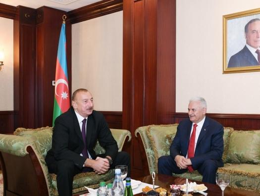 Бинали Йылдырым на встрече с Ильхамом Алиевым