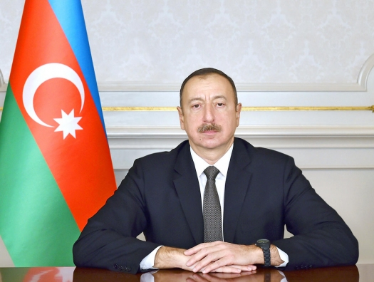 Ильхам Алиев наградил Таира Сулейманова