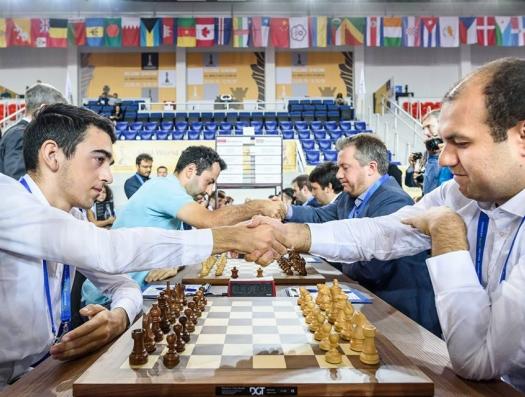 Азербайджан победил Армению на Олимпиаде