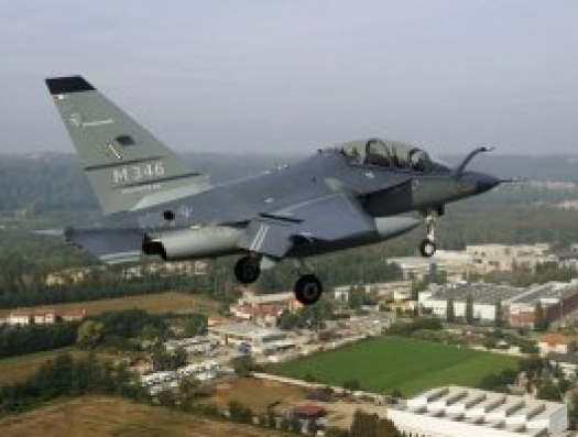 Азербайджан купил у Италии 10 боевых самолетов