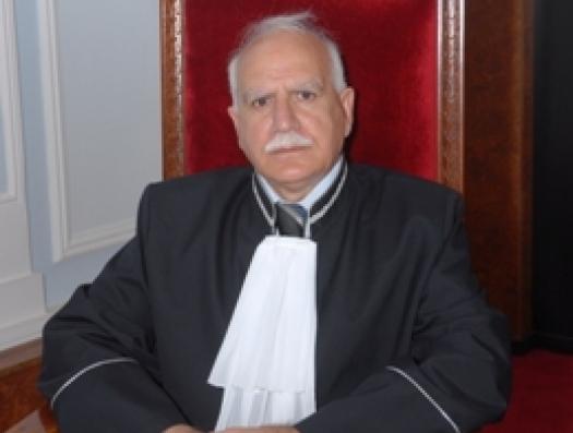 Судья Иса Наджафов пошел против всех