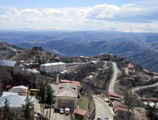 Армения создает поселения в Кельбаджаре и Лачине
