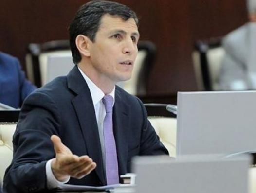 Депутат в защиту народа и против чиновников
