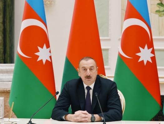 Ильхам Алиев заявил о закупке новой военной техники в Беларуси