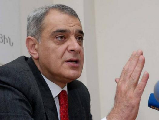 """Давид Шахназарян: """"Пашинян готовит Армению к уступкам по Карабаху"""""""