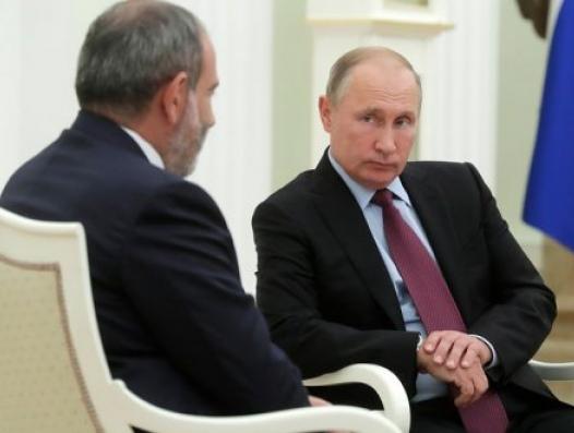 Россия дает деньги Армении, а Армения отправляет эти деньги в Украину