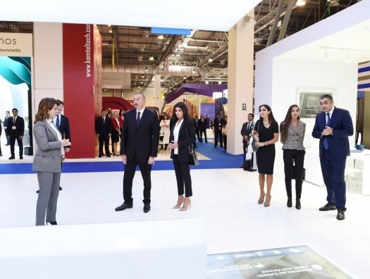 Что показали Ильхаму Алиеву на выставке Bakutel-2018