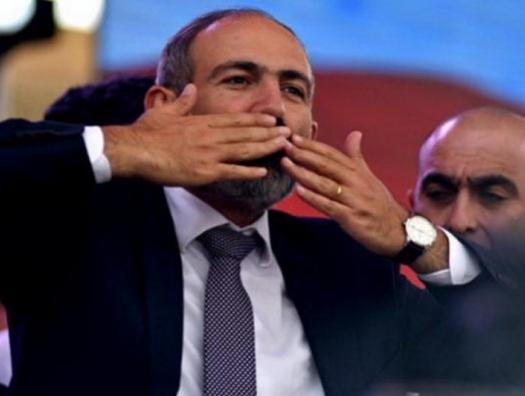 Пашиняну уже не до Карабаха