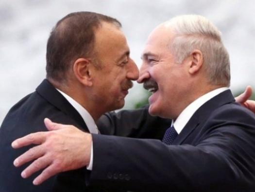 Лукашенко: «Я позвонил: Ильхам, говорю, мне нужно немедленно 900 миллионов»