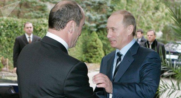 Песков подтвердил поздравление Путиным Кочаряна сНовым годом