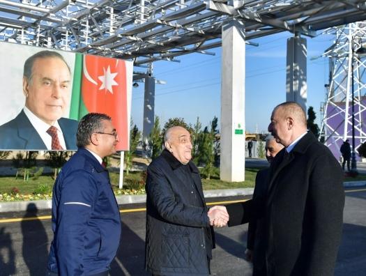 Ильхам Алиев на открытии завода в Сумгаите