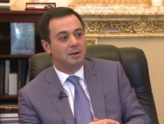 Турция запретила въезд послу Эльшаду Искендерову