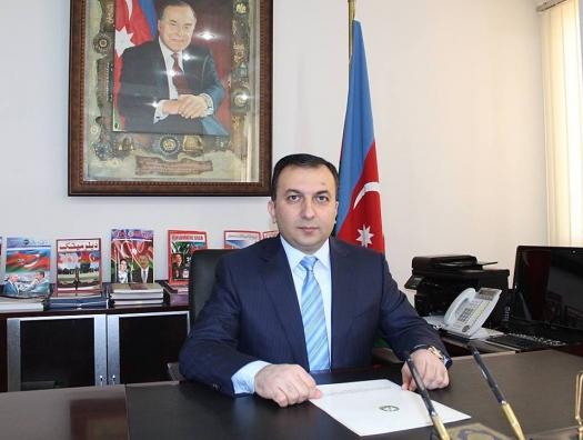 Посол Азербайджана украл 10 банок икры и обвиняется в хищении полумиллиона долларов