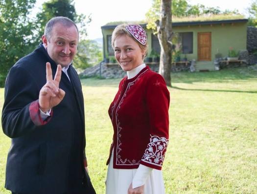 Экс-президент Грузии стал гидом
