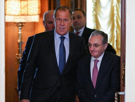 В Армении сообщили о тайном визите Мнацаканяна в Москву
