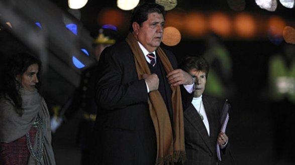 Бывшего президента Перу заподозрили в коррупции. При аресте он пытался покончить с собой