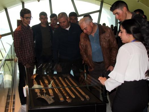 Турецким военным показали Баку