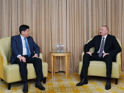 Ильхам Алиев начал встречи в Пекине