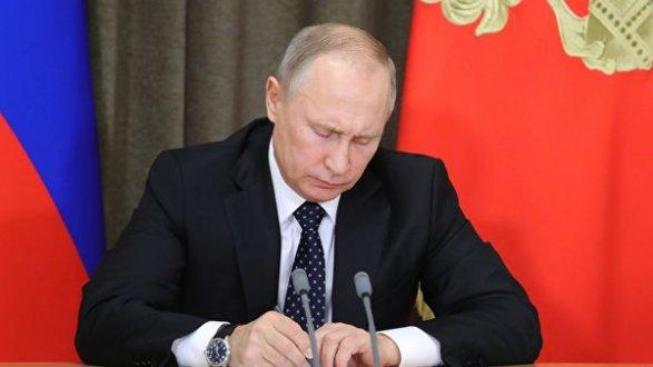 Путин подписал закон о «суверенном Рунете»