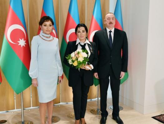 Ильхам Алиев наградил Ирину Винер-Усманову
