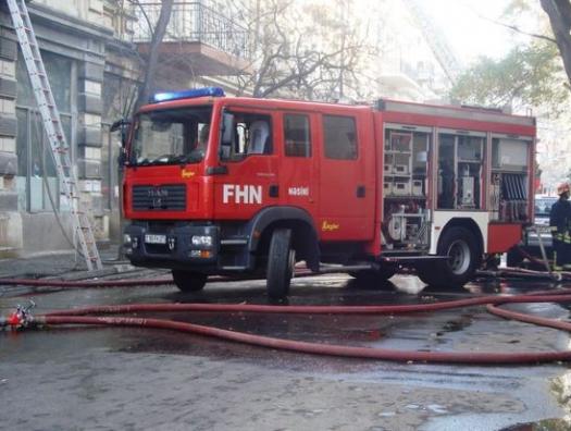Пожар в бакинском торговом центре