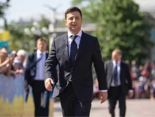 «На пути Зеленского стоят силовики и олигархи»