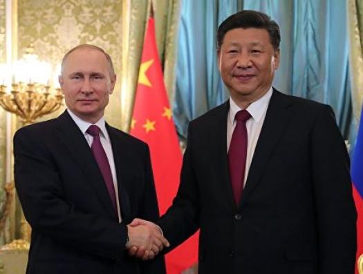 Россия и Китай избавляются от доллара