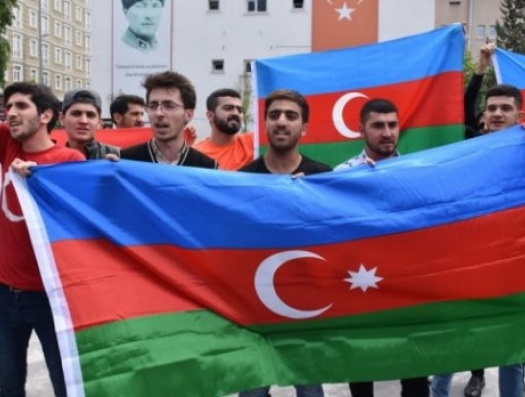 Глава муниципалитета Карса принял армян