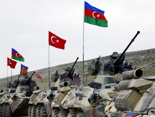 Турецкие войска в Нахчыване вызвали панику в Армении