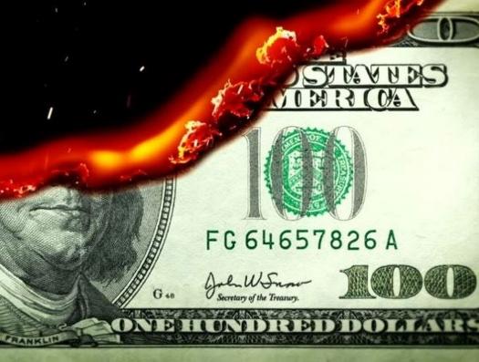 Доллар как дамоклов меч над нашей головой